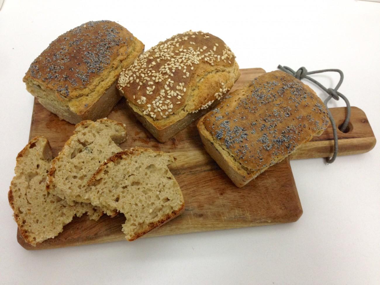 Pan integral de trigo sarraceno y espelta