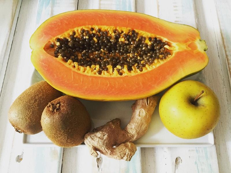Ingredientes del zumo de papaya y jengibre - lemongrasspath