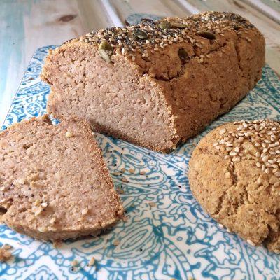 Pan de harina de almendras y coco LCHF