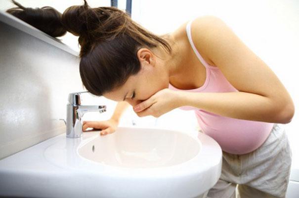 nauseas y vomitos embarazo